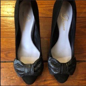 Delman classic suedeblack leather croc bow pumps 7